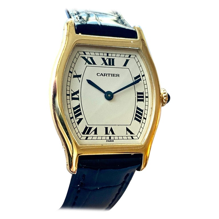 Cartier Paris Yellow Gold Watch, Model: TORTUE, Handwinding 1975 Model Nr 96069 For Sale