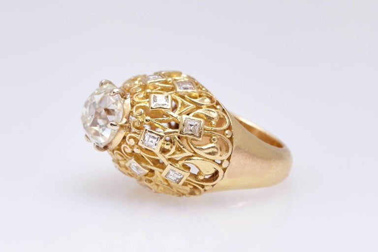 Cartier Retro Diamond Gold Ring In Excellent Condition For Sale In New York, NY