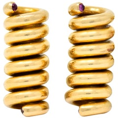 Cartier Retro Ruby 18 Karat Gold Spiral Men's Cufflinks, circa 1940s