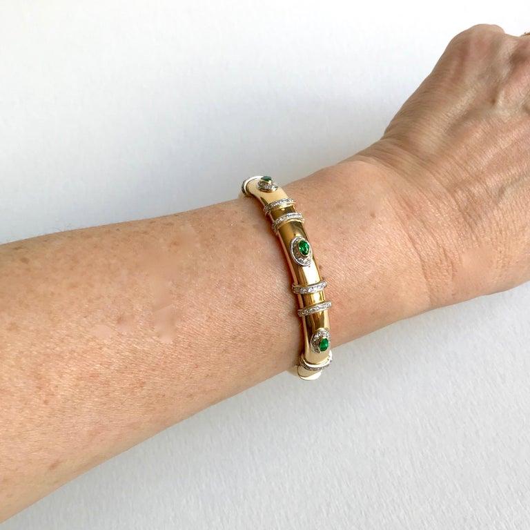 Cartier Rigid Emerald Bracelet  in Gold 18 Carat and Diamonds For Sale 5