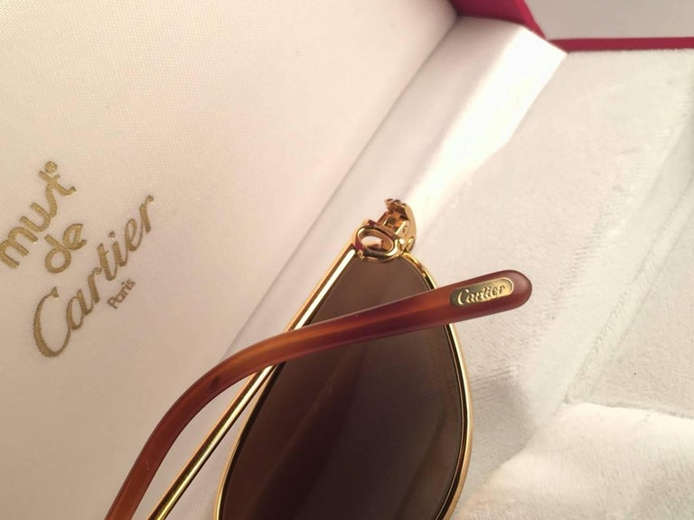Cartier Rivoli Vendome 56mm Cat Eye Heavy Gold Plated Sunglasses France In New Condition For Sale In Amsterdam, Noord Holland