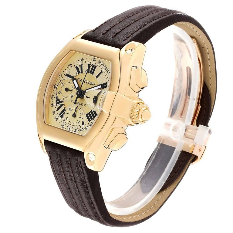 Cartier Roadster Chronograph XL 18 Karat Yellow Gold Men's Watch W62021Y3 For Sale 1