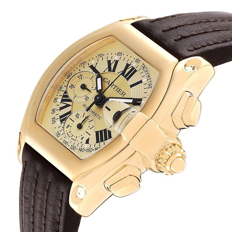 Cartier Roadster Chronograph XL 18 Karat Yellow Gold Men's Watch W62021Y3 For Sale 2