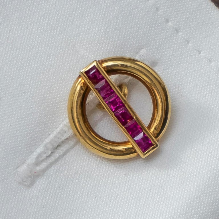 Cartier Ruby and Gold Cufflinks In Good Condition For Sale In London, GB