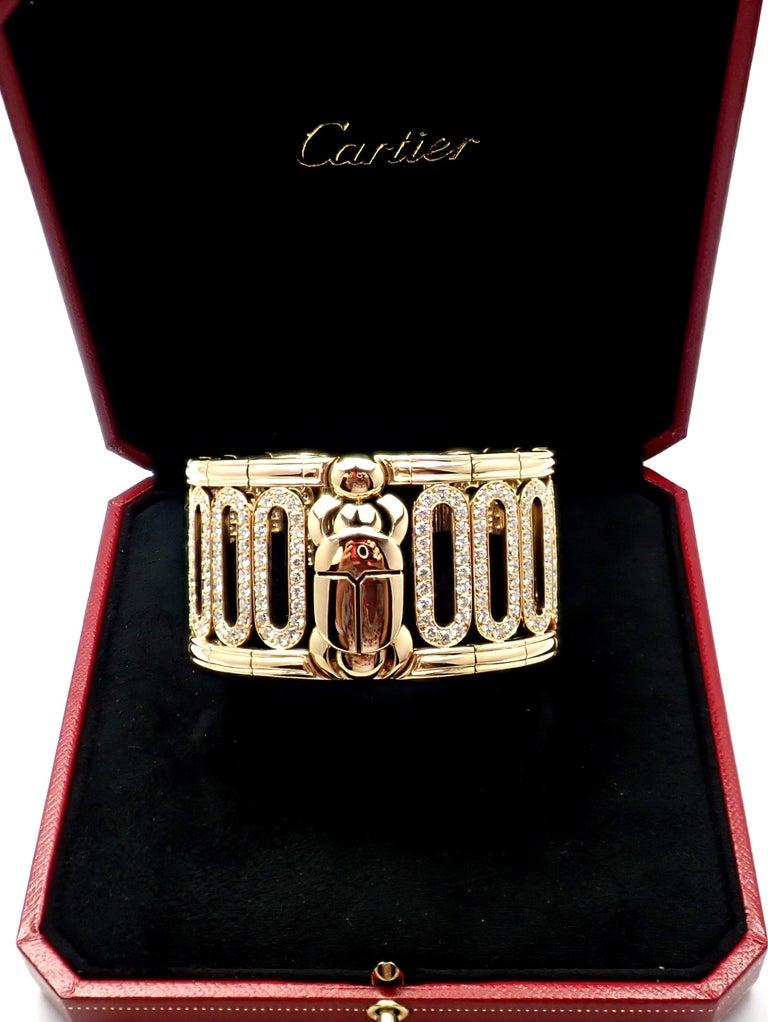 Women's or Men's Cartier Scarab 15.4 Carat Diamond Yellow Gold Cuff Bangle Bracelet For Sale