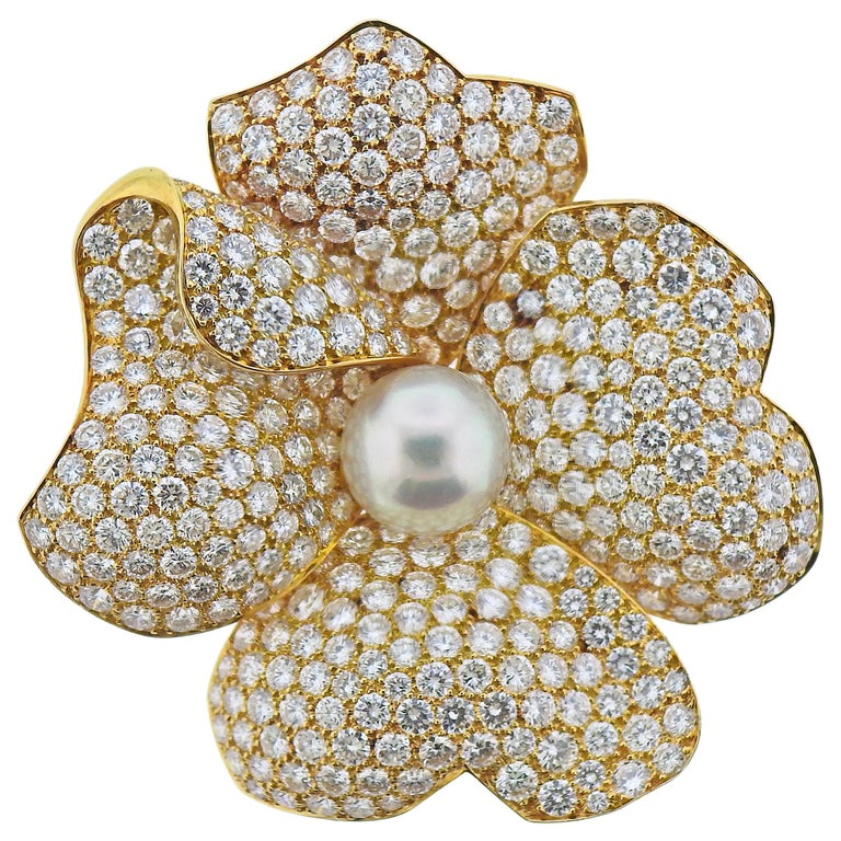 Cartier South Sea Pearl 15 Carat Diamond Gold Flower Brooch For Sale