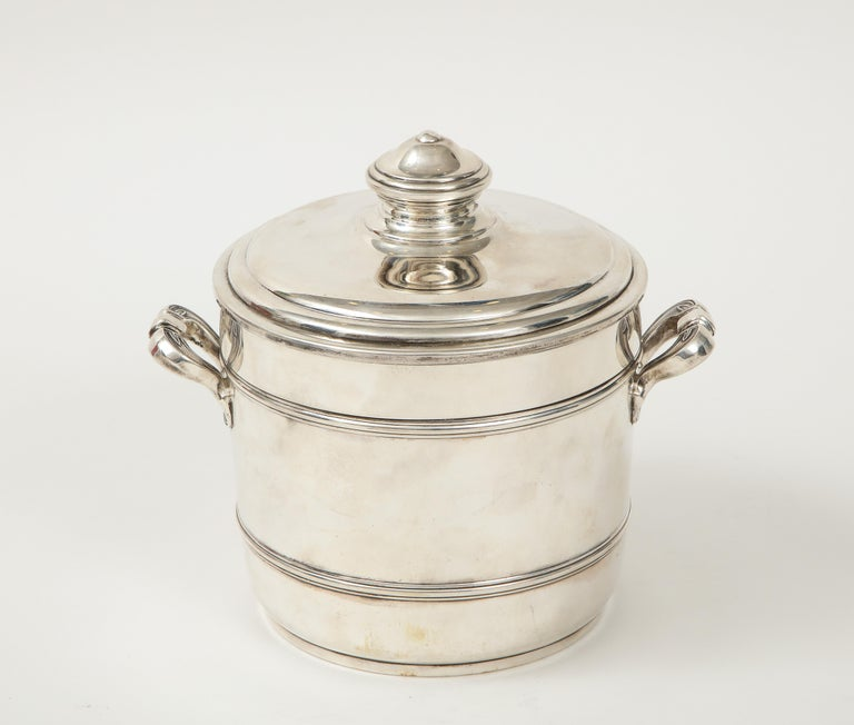 Cartier Sterling Silver Art Deco Ice Bucket with Ice Tongs and Original Box For Sale 5