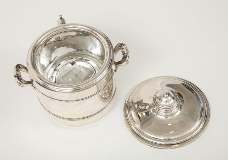 Cartier Sterling Silver Art Deco Ice Bucket with Ice Tongs and Original Box For Sale 7