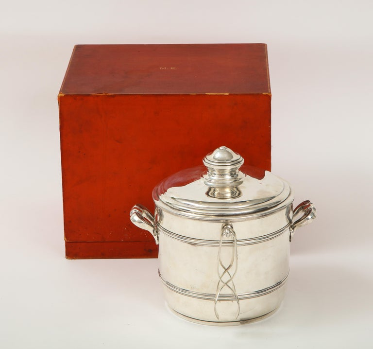 Cartier Sterling Silver Art Deco Ice Bucket with Ice Tongs and Original Box For Sale 4
