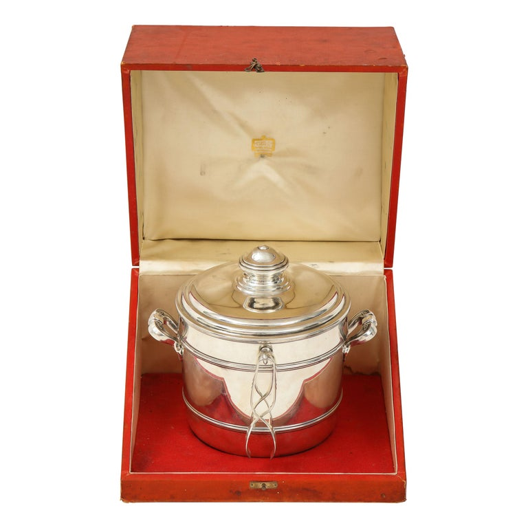 Cartier Sterling Silver Art Deco Ice Bucket with Ice Tongs and Original Box For Sale