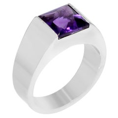 Cartier Tank 18 Karat White Gold Purple Amethyst Ladies Ring 1.00 Carat