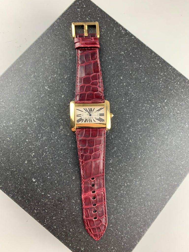 Cartier Tank Divan XL Ref. 2602 18 Karat Yellow Gold Watch For Sale 2