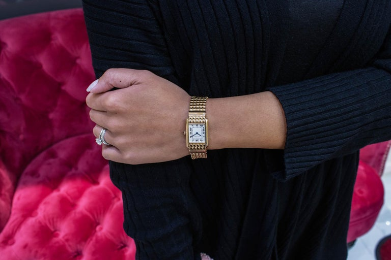 Cartier Tank Louis Yellow Gold Quartz Wrist Watch In Excellent Condition For Sale In New York, NY