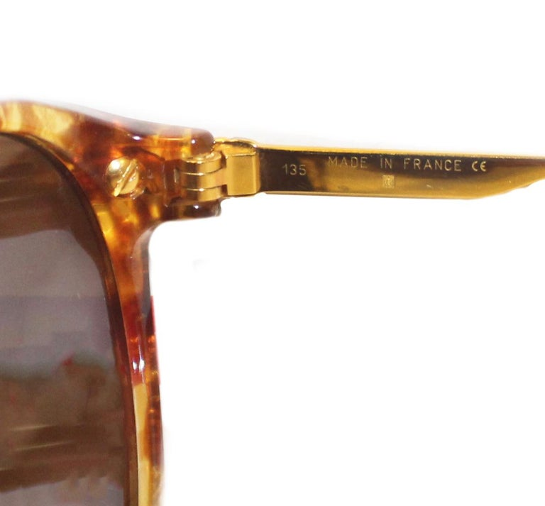 Cartier Tortoise Shell Motif Sunglasses  Gold Tone Details 135 Temples In Excellent Condition For Sale In Palm Beach, FL