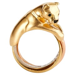Cartier Trinity Panther Ring in Yellow Gold with Sapphire Eyes and Onyx Nose