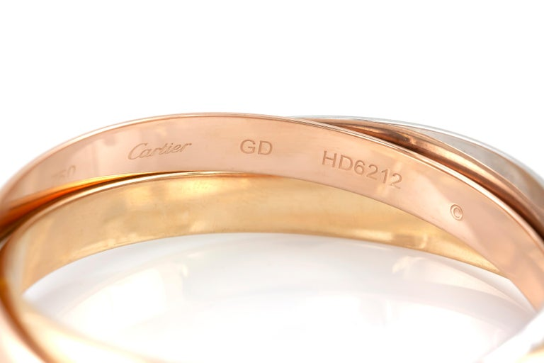 The bracelet is finely crafted in 18k white rose and gold and weighing approximately total of 71.7 DWT. Serial no HD6212.