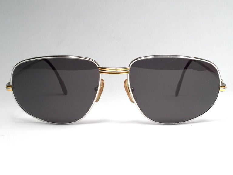 Cartier Vintage Romance Vendome 61mm Platinum France Sunglasses In New Condition For Sale In Amsterdam, Noord Holland
