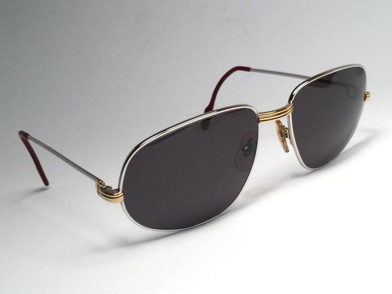 Women's or Men's Cartier Vintage Romance Vendome 61mm Platinum France Sunglasses For Sale