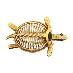 Cartier Vintage Sapphire Gold Turtle Brooch Pin 18 Karat Yellow Gold, Circa 1960