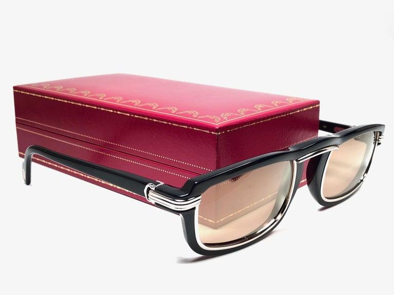 Women's or Men's  Cartier Vintage Vertigo Deep Blue and Platinum 54MM Sunglasses, France 1991 For Sale