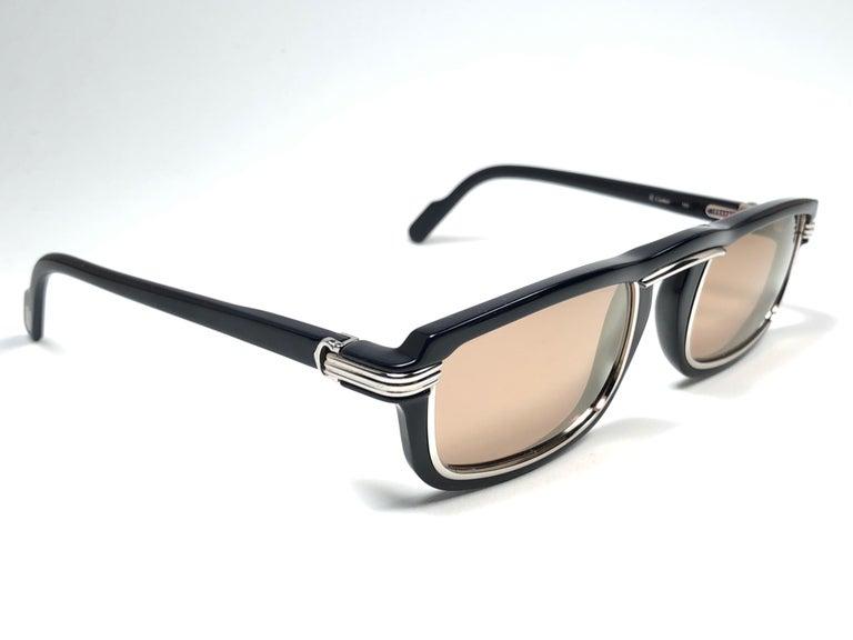 Cartier Vintage Vertigo Deep Blue and Platinum 54MM Sunglasses, France 1991 For Sale 1