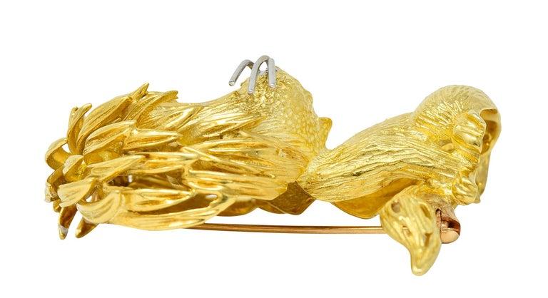 Cartier Whimsical 1960's Vintage Diamond Sapphire 18 Karat Gold Lion Brooch For Sale 5