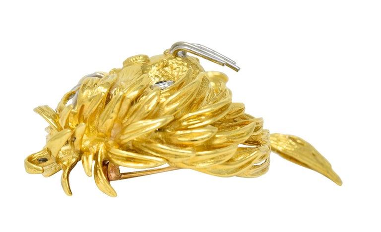 Cartier Whimsical 1960's Vintage Diamond Sapphire 18 Karat Gold Lion Brooch For Sale 3