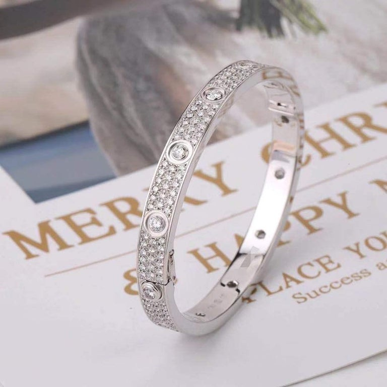 Cartier White Gold Pave Diamond & Ceramic Love Bracelet N6033602 Size 16 In Excellent Condition For Sale In Banbury, GB