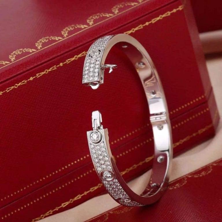 Women's or Men's Cartier White Gold Pave Diamond & Ceramic Love Bracelet N6033602 Size 16 For Sale