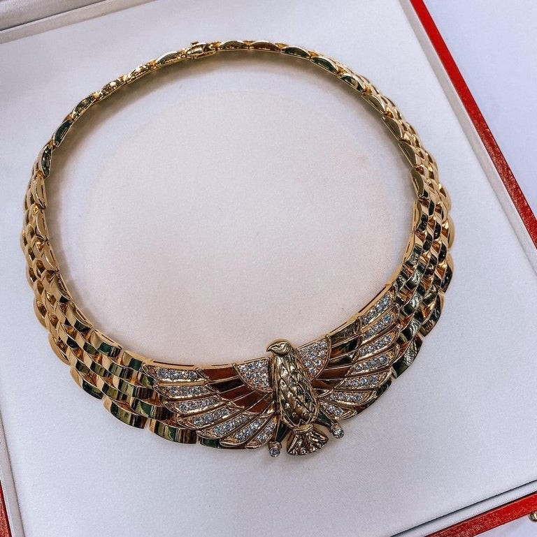 Cartier Yellow Gold Diamond Horus Collar 18 Karat Necklace In Excellent Condition For Sale In New York, NY
