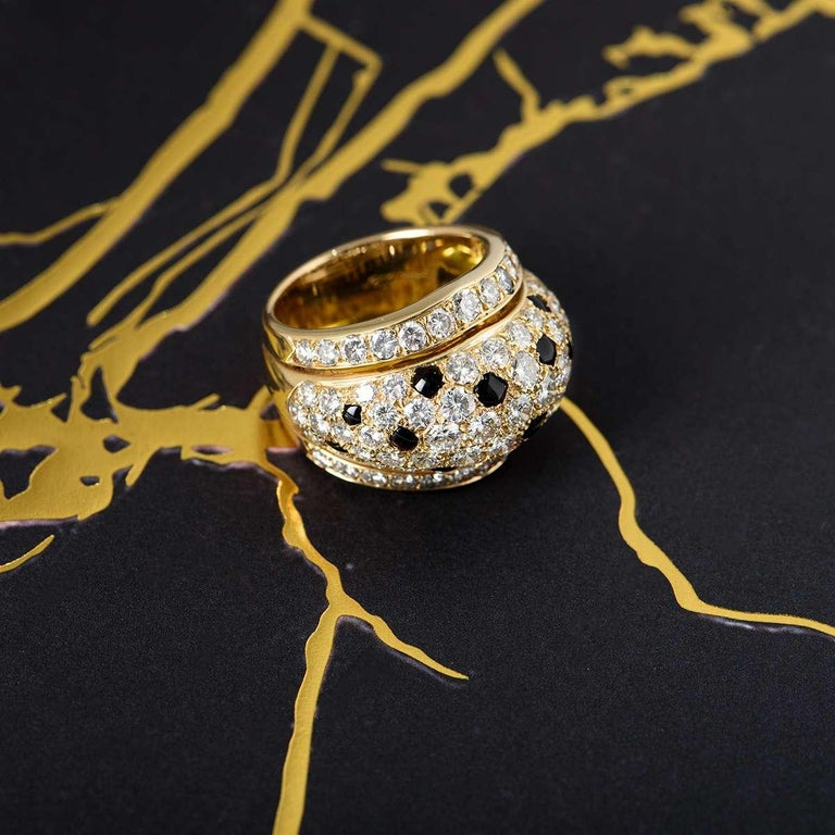 Cartier Yellow Gold Onyx and Diamond Nigeria Ring For Sale 2