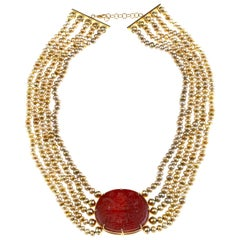 Carved Agate 18 Karat Gold Fresh Water Pearls Necklace