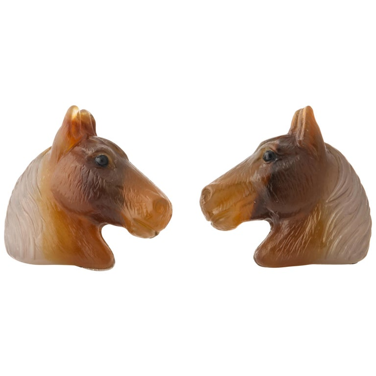 Carved Agate and Gold Horse Cufflinks For Sale
