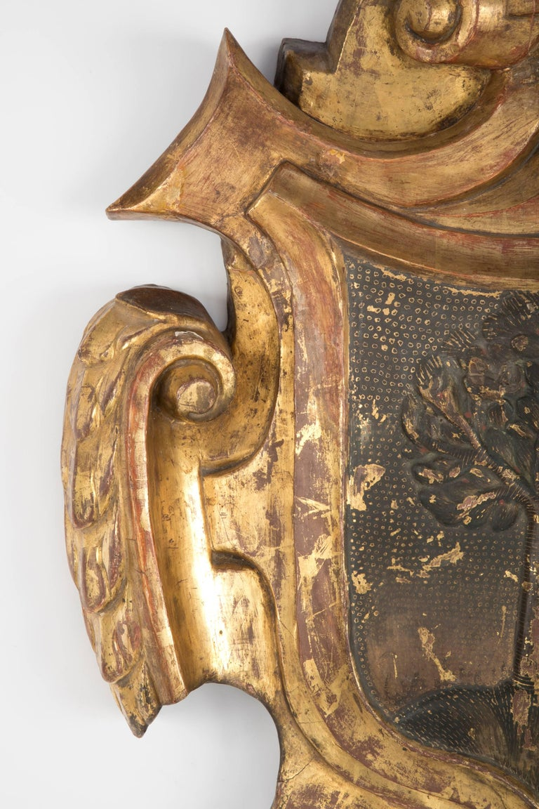 Carved And Gilt Wood 18th Century Coat Of Arms For The