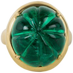 Carved Antique Cabochon Emerald Ring