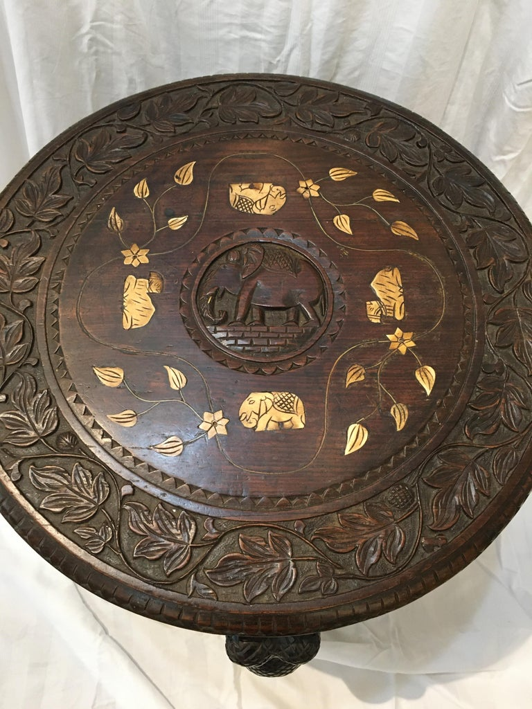 Carved Ebonized Wood Elephant Side or Center Table, circa 1900, India In Good Condition For Sale In Nantucket, MA