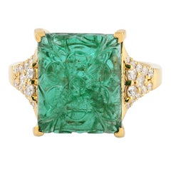 Carved Emerald 18 Karat Gold Diamond Cocktail Ring