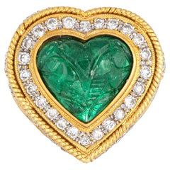 Carved Emerald Diamond Ring Vintage 18 Karat Yellow Gold Heart Cocktail Jewelry