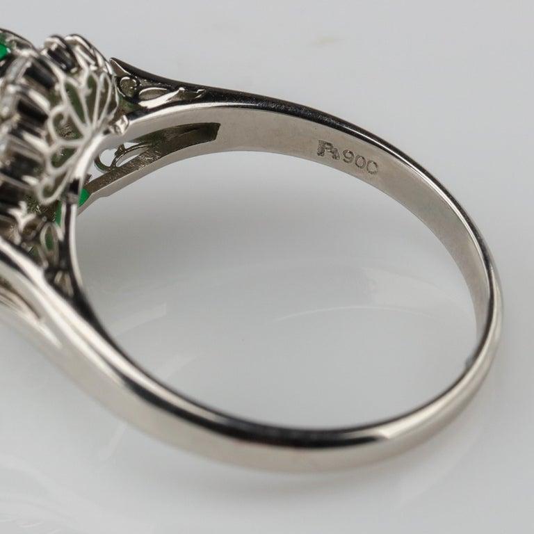 Emerald Ring with Diamonds in Platinum 8