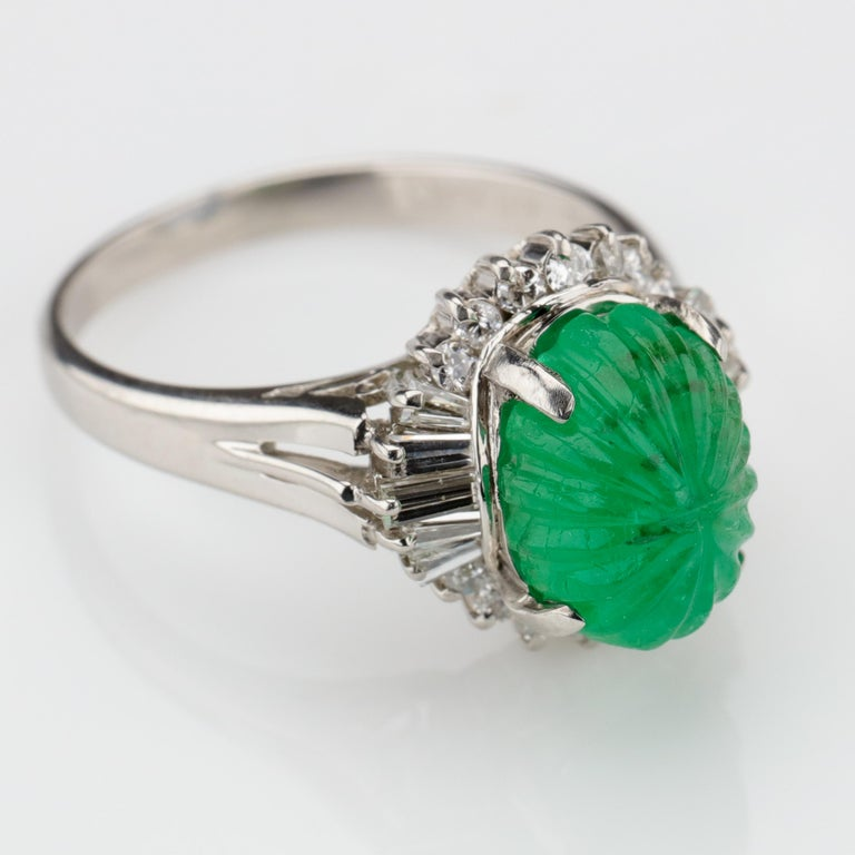 Emerald Ring with Diamonds in Platinum 10