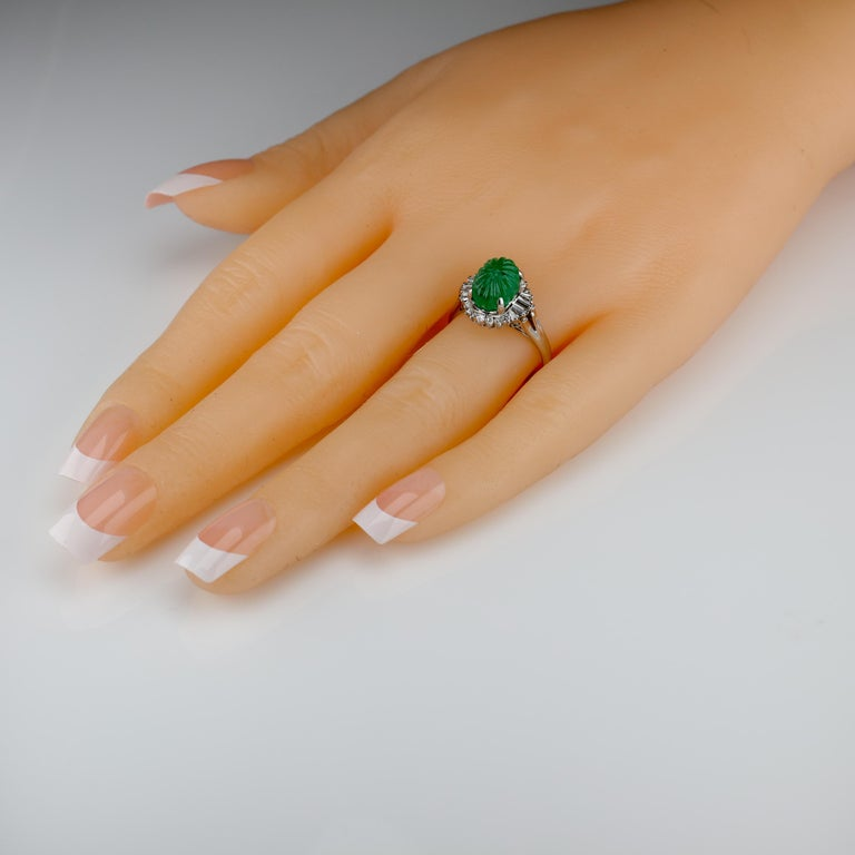 Emerald Ring with Diamonds in Platinum 11