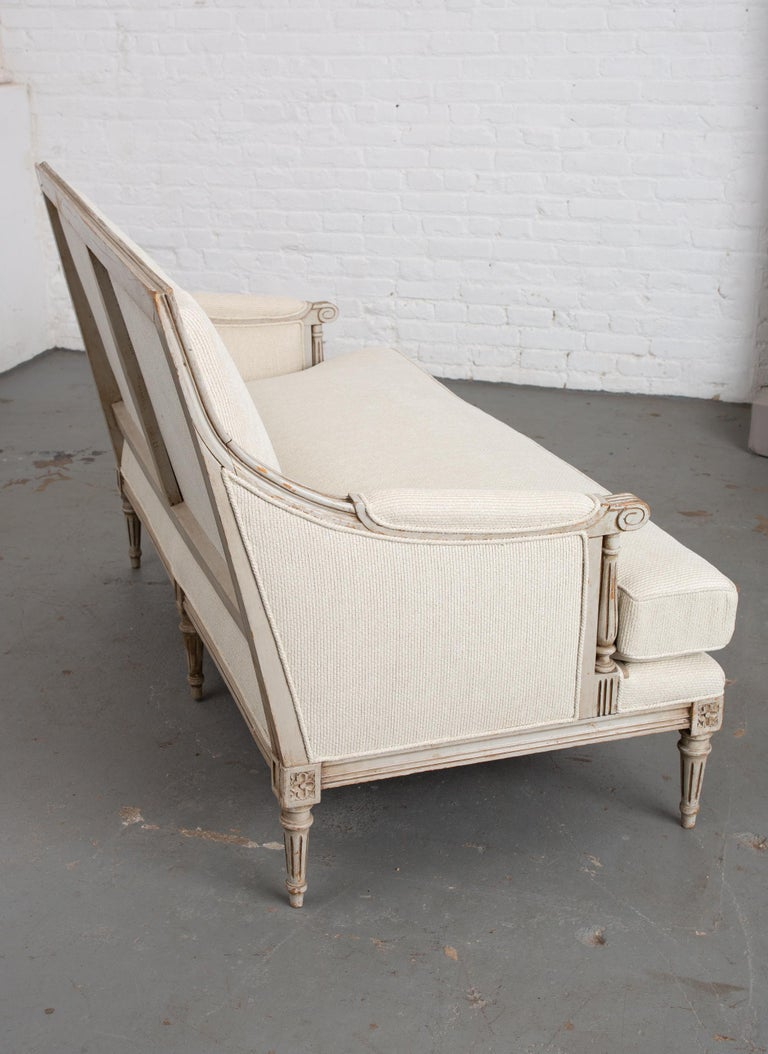 Carved French Louis XVI Style Canape For Sale 4