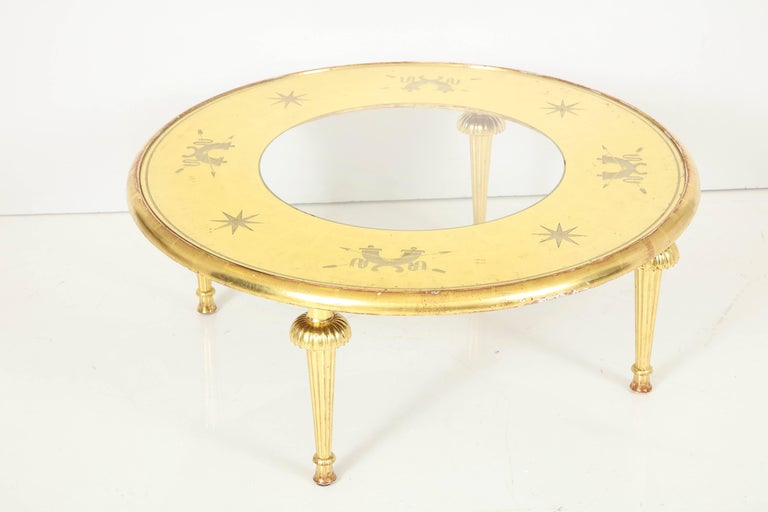 Carved Giltwood and Églomisé Top Coffee Table Attributed to Gio Ponti For Sale 1