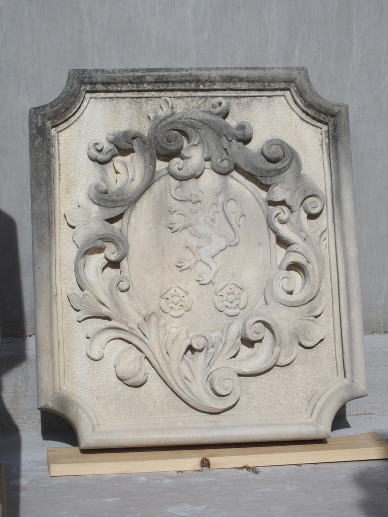 Carved Italian Limestone Plaque with Rampant Lion For Sale 4