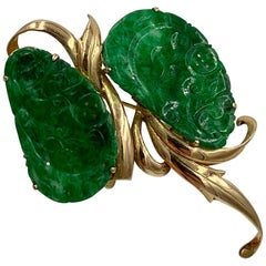 Carved Jade Brooch Pin 14 Karat Gold H.K. Antique Mid-Century Modernist