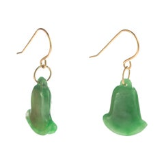Carved Jade Green Bells 18 Karat Yellow Gold Crafted Dangle Drop Chic Earrings