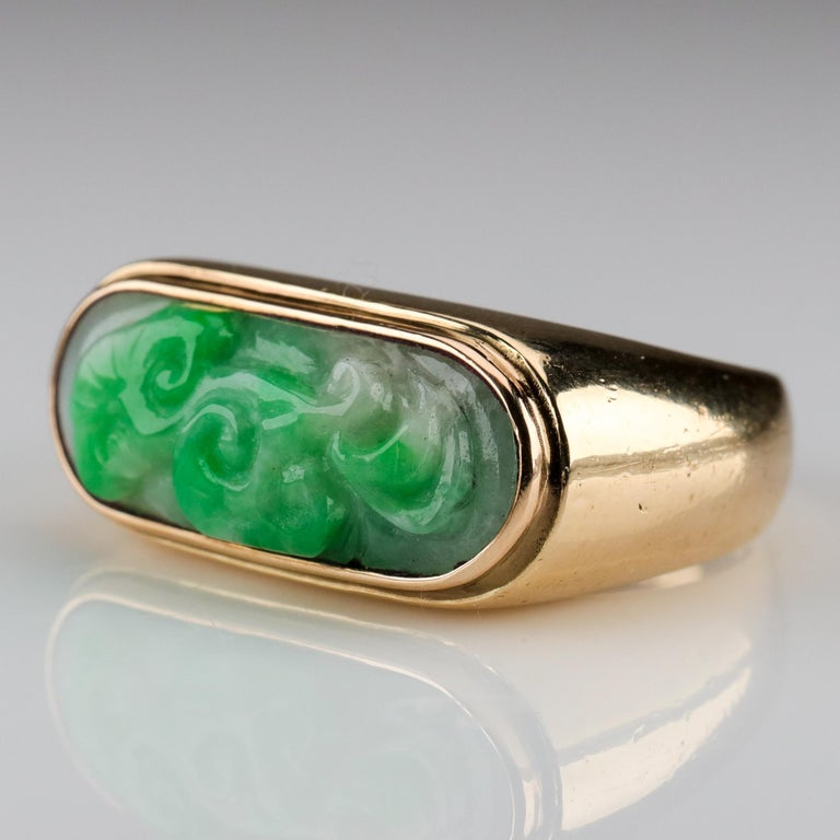 Carved Jade Saddle Ring Certified Untreated In Excellent Condition For Sale In Southbury, CT