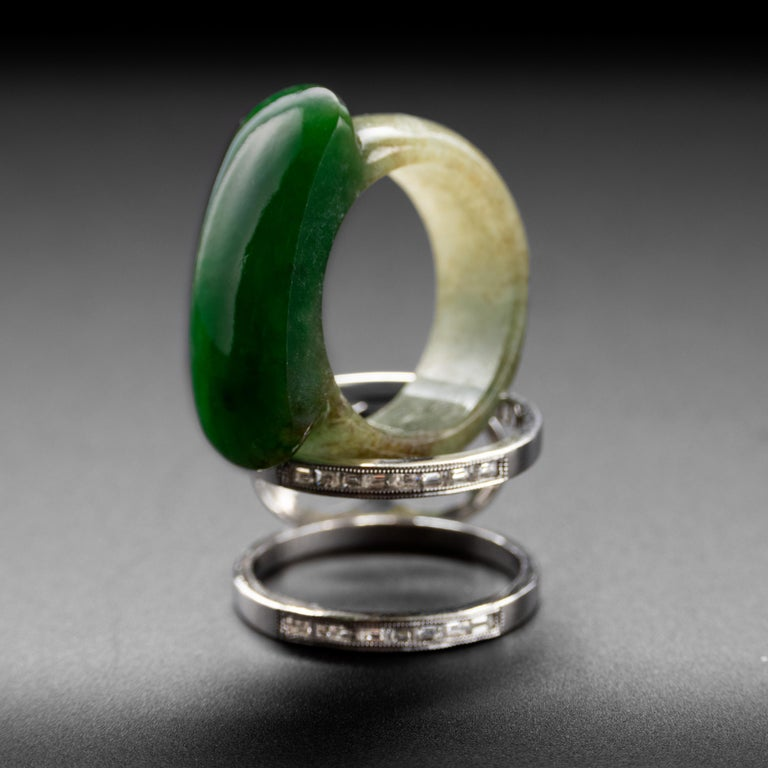Carved Jade Saddle Ring with Gold & Diamond Frame For Sale 2