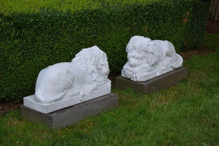 Neoclassical Revival Carved Marble Lions For Sale