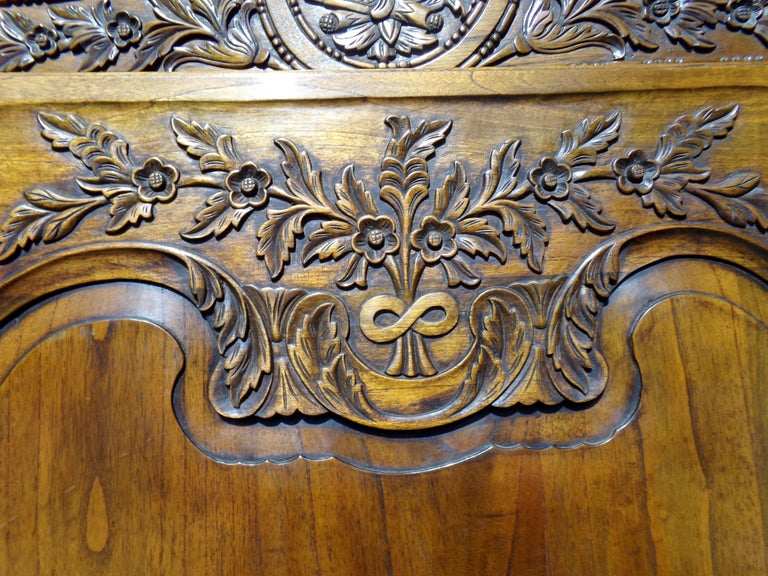 Carved Marriage Louis XV Provencal Style Bonnetiere/Armoire, circa 1850 For Sale 1
